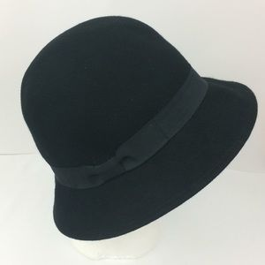 D&Y black 100% wool bucket hat with bow detail-OS